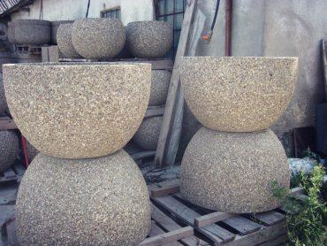 Цветочницы из каменной крошки округлые
